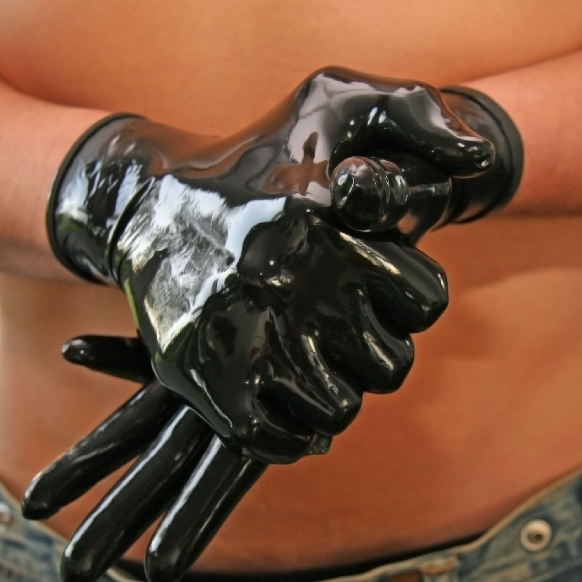Fisting with latex hand