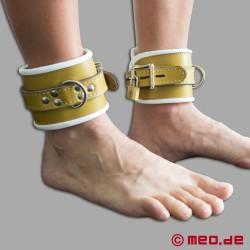 Abschließbare Fußfesseln aus Leder - Hospital Style