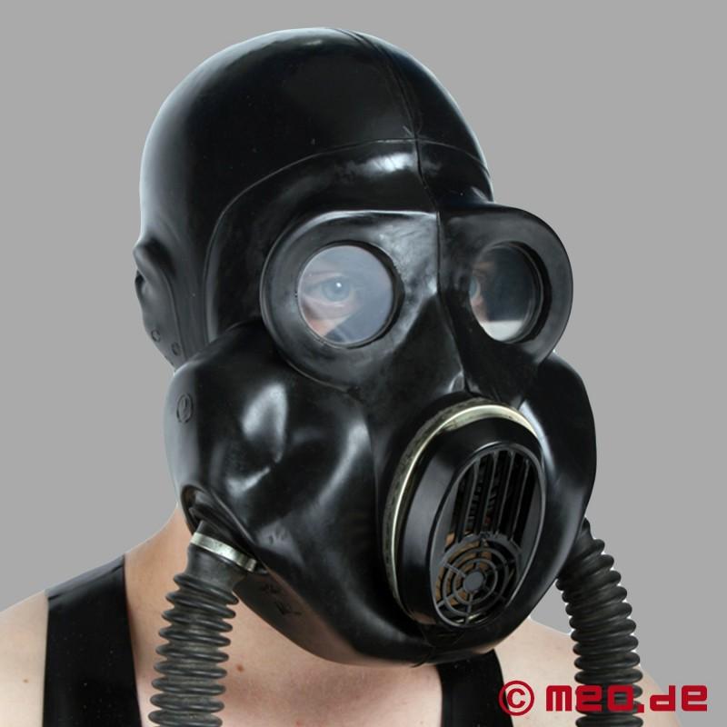 Sex mit gasmaske