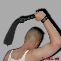 HURTME : Horse Hair Flogger