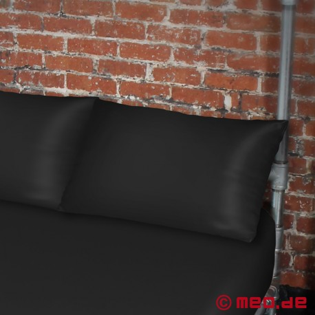 Pillowcase Black Standard 700x450