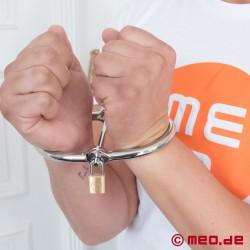 D Handcuffs
