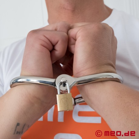Double D Handcuffs