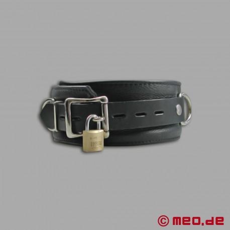 Lockable leather bondage collar with time lock