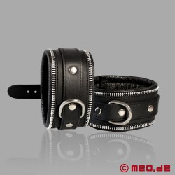 Code Z Bondage Leather Wrist Cuffs
