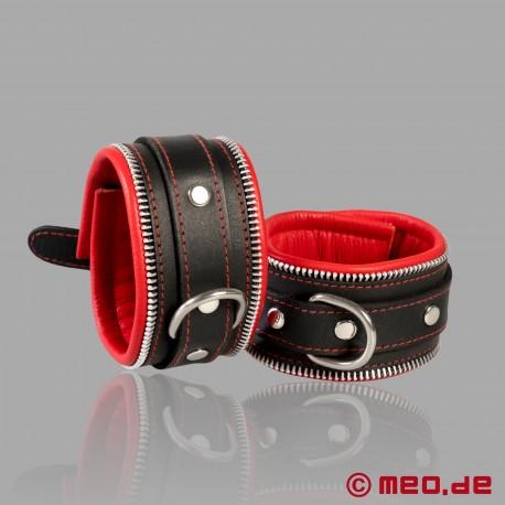 Code Z Bondage Wrist Cuffs black/red