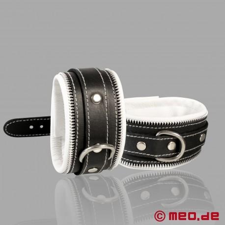 Code Z Bondage Handfesseln schwarz/weiß