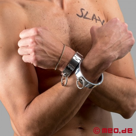 Wrist Manacles with magnetic closure