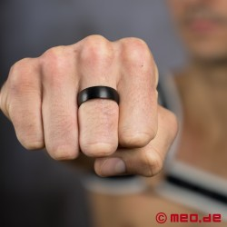 Black Berlin - Black titanium men's ring