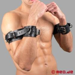 Restrizioni per bicipiti/braccia in cuoio