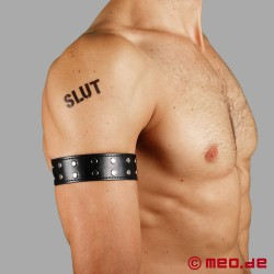 Leather armband with rivets