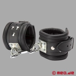 Bondage restraints made of leather Milan - leather ankle cuffs