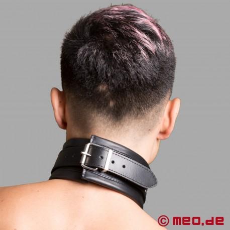 Restrizioni bondage in pelle Milano - collare in pelle