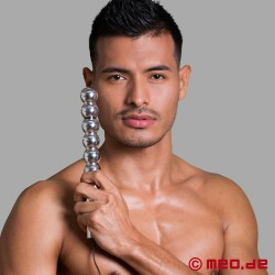 Bal(l)zac metal dildo for electrosex
