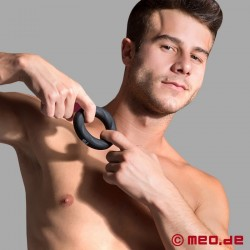 Vibrating cock ring